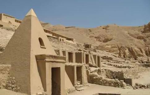 Egyptologie les palais des pharaons c t vivant ahram hebdo for Architecture ancienne